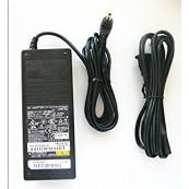 Adaptor FUJITSU AC FPCAC62W 19V 4.22A, Second Hand Laptopuri
